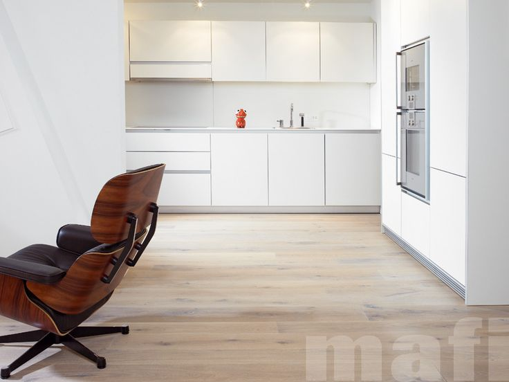 Oak Country Brushed White Oil | Timber floors | Kitchens | mafi