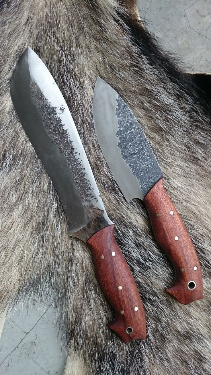 Get inspired by our handmade knives. You can also find many more photos on our Facebook and Instagram.