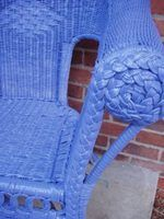 Tips on Painting Wicker Furniture thumbnail