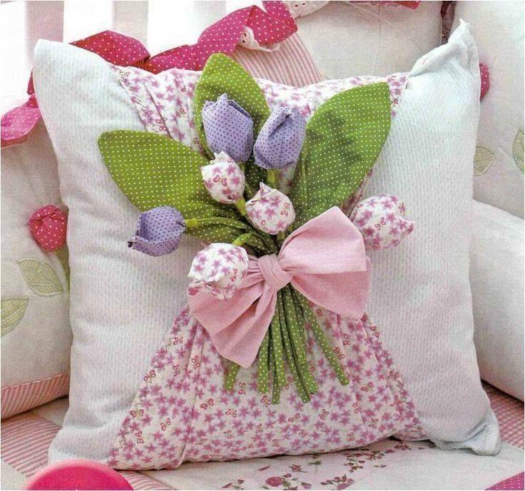 Crea-Sol - Cojín decorado con flores de tela paso a paso de la web !!!