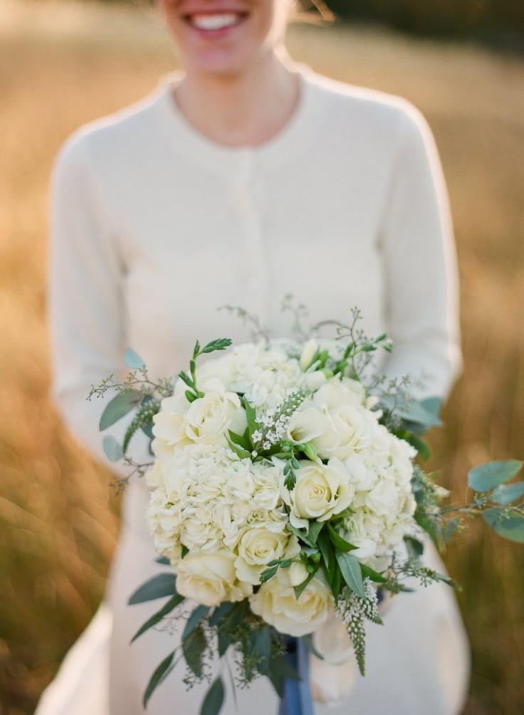 how to make hydrangeas last in a bouquet