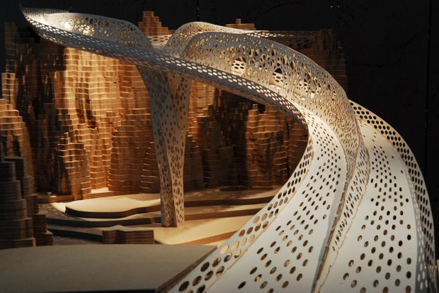 Biomimicry in architecture and the start of the Ecological Age/Shi Ling Bridge