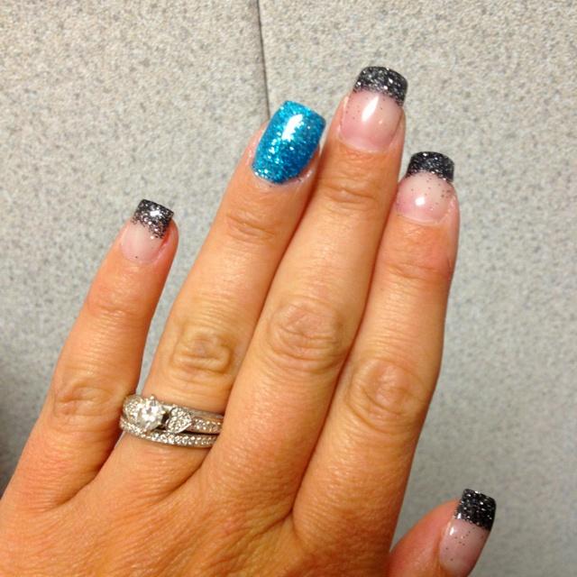 My Carolina Panthers nails.