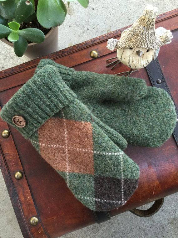 Smittens Sweater Mittens upcycled wool by BadgeBlingandMore