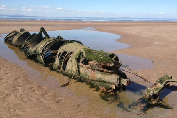Aberlady Bay near the Scottish capital Edinburgh is a local wildlife reserve with several shipwrecks, most famously the XT class midget submarines from WW2