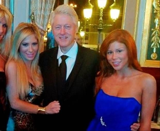 """""""HARD CHOICES""""!!! BY HILLARY CLINTON! BILL MUST HAVE BEEN AN INSPIRATION FOR HER BOOK, HE'S BEEN FACED WITH HARD CHOICES, ALL OF HIS ADULT LIFE! PERHAPS A MORE APT TITLE WOULD HAVE BEEN, """"BILL CLINTONS WAR ON WOMEN, AND THE PLEASURES OF WAR""""!!! STRIKE! SOD"""