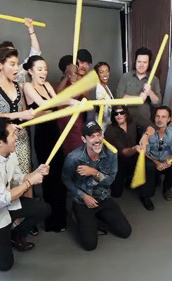 The Walking Dead cast behind the scenes of their photoshoot with Entertainment…