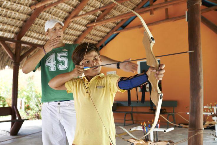 Leer de #kinderen de kunst van het #boogschieten.