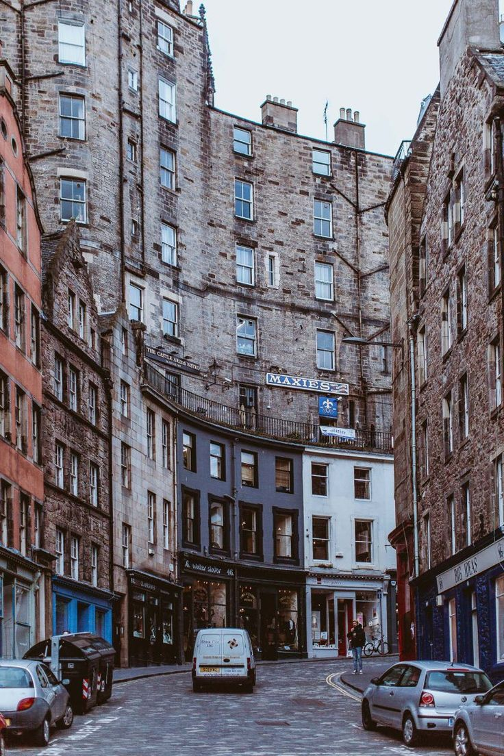 Edinburgh, Scotland | by Daniel Farò