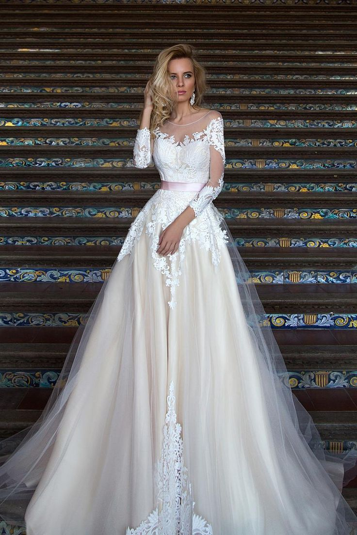 Свадебное платье «Мирэй» Оксаны Мухи— купить в Москве платье Мирэй из коллекции «2016»