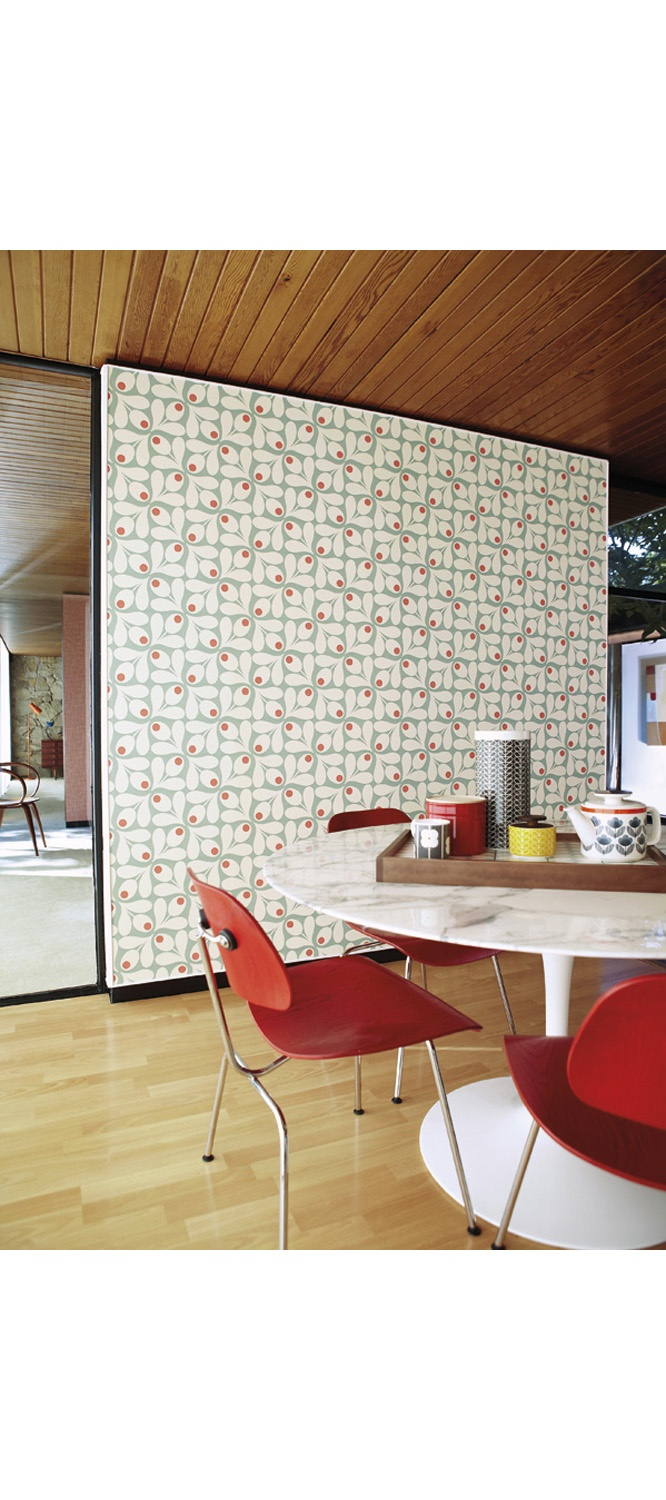 Room with accessories blue floral pattern interior design ideas - Heal S Orla Kiely Acorn Spot Wallpaper By Harlequin Wallpaper Wallpaper Accessories Blue Poppyharlequin Wallpaperwallpaper Patternsretro