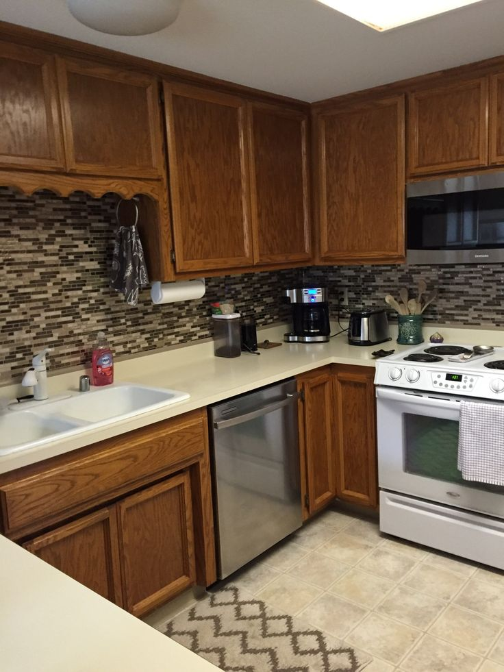 After: Vinyl Smart TIles backsplash