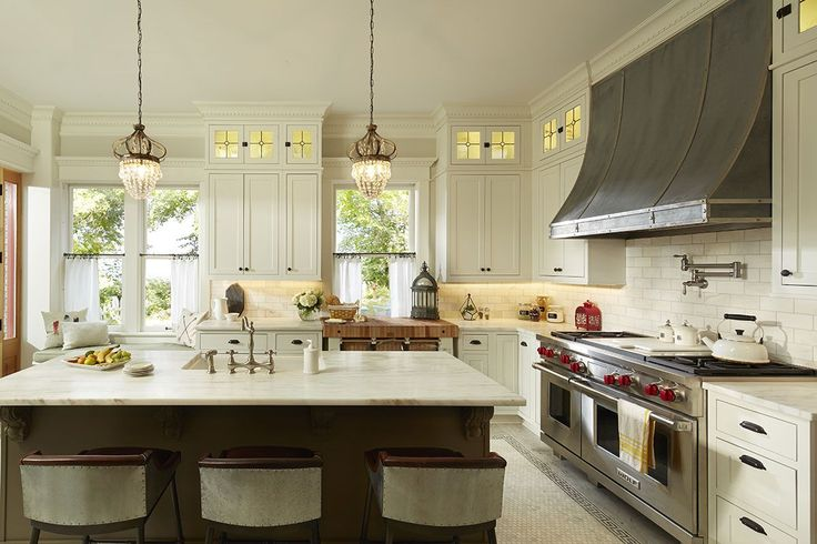 Cliqstudios Kitchen Cabinet Installation Guide Chapter: Austin-ch-painted-white-tea-leaf-cabinets-5133