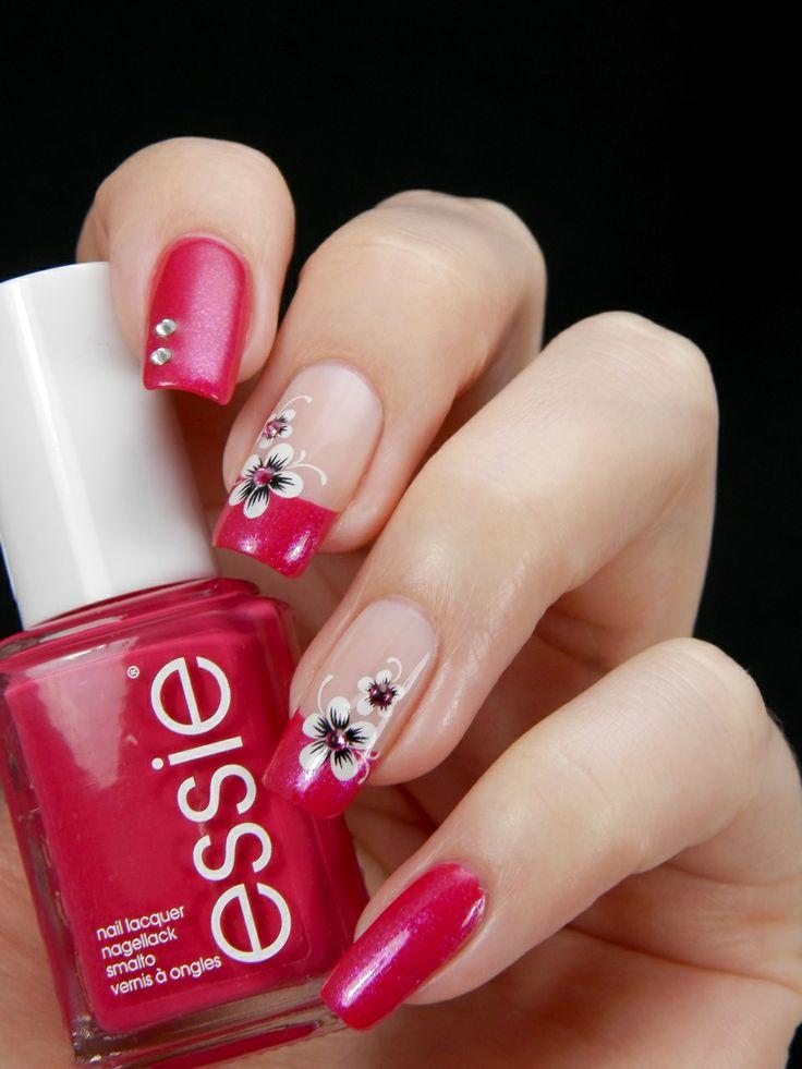 Essie Style Hunter & Kiko 502, water decals and few sparkling Swarovski crystals = <3