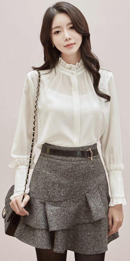StyleOnme_Ruffle Belted Mini Skort #cute #sweet #miniskirt #pants #koreanfashion #kstyle #kfashion #dailylook #falltrend #seoul