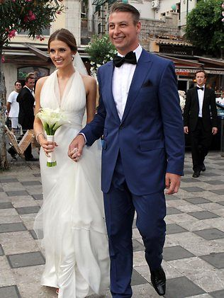 Congratulations to Kate Waterhouse and Luke Ricketson who were married June 28 in Taormina, Italy. Styled personally by Joe Farage, Luke wore a Farage Bespoke suit in cool blue, whilst his groomsmen wore classic Farage Black for the big day – we think they look very dapper!