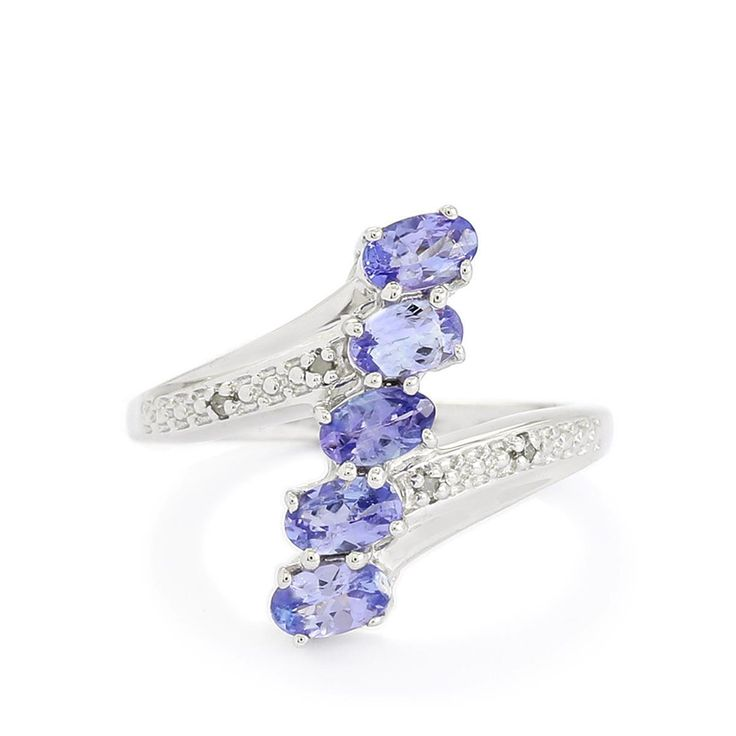 a stunning ring from the annabella collection made of