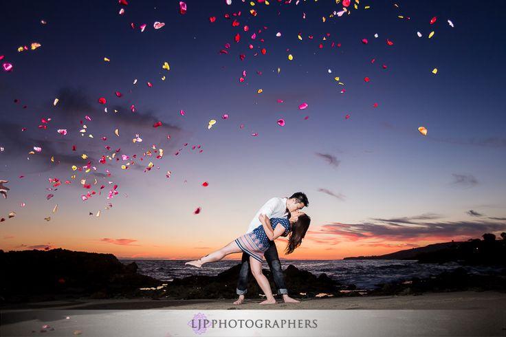 06-fun-romantic-beautiful-engagement-photos