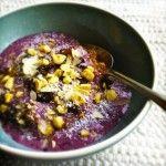Vezelrijk+(spelt)+bulgur+ontbijt+met+bosbessen+en+karnemelk