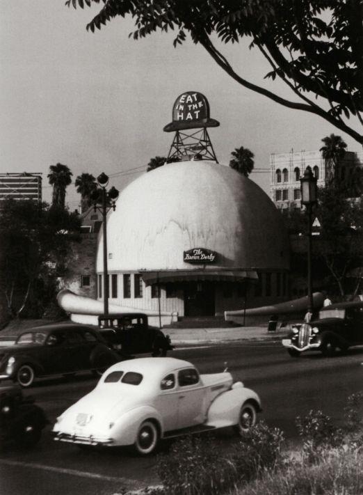 The Brown Derby Restaurant on Wilshire Boulevard in Los Angeles, by John Swope (ca. 1939)