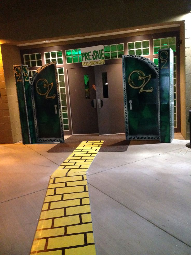 Wizard of oz homecoming spirit week theme with Oz doors and DIY yellow brick…