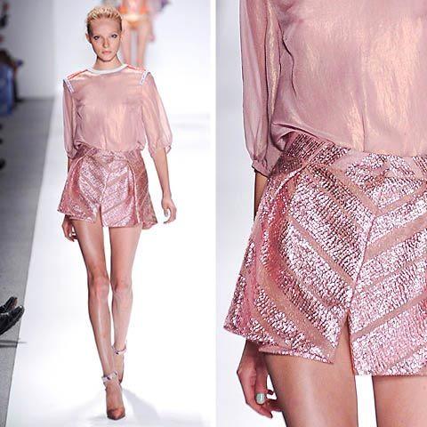 Metal pastel pink. Awesowe style.