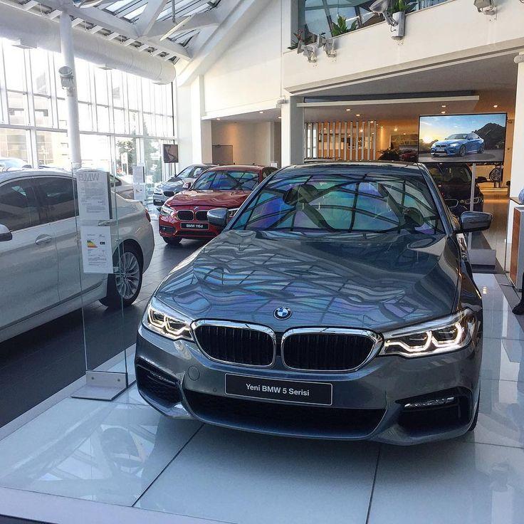 27 вподобань, 1 коментарів – BMW Community (@mycar_world) в Instagram: «New BMW 5! #mycar #mycarbmw #bmw #bmw5 #bmw5series #bmwg30 #bmwfanatic #bmwfanatics #bmwlife…»