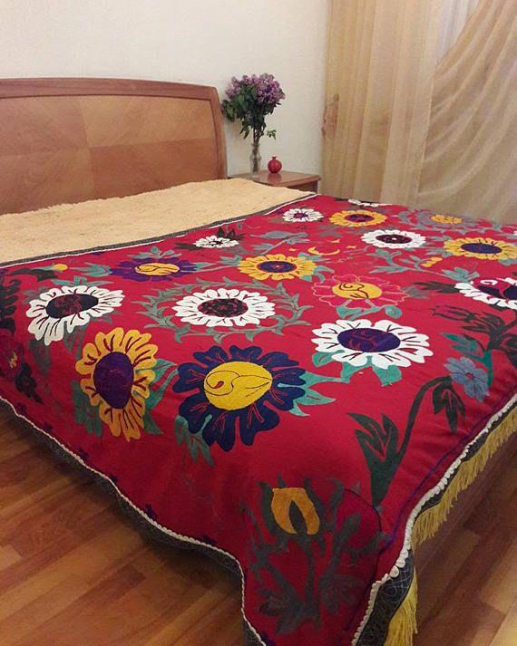 Uzbek Hand embroidered Vintage Suzani.Tablecloth Wall