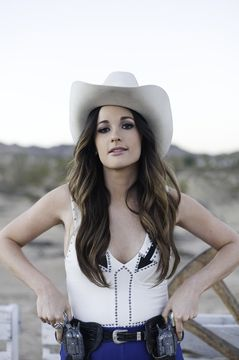 Kacey Musgraves to tour with Katy Perry
