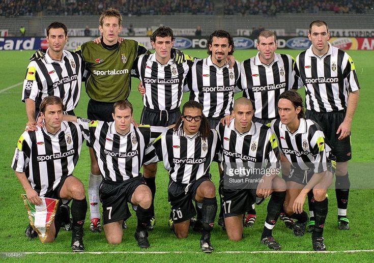 Juventus team photograph taken before the UEFA Champions League match against Hamburg at the Stadio Delle Alpi in Turin, Italy. Hamburg won the match 3-1. \ Mandatory Credit: Stuart Franklin /Allsport