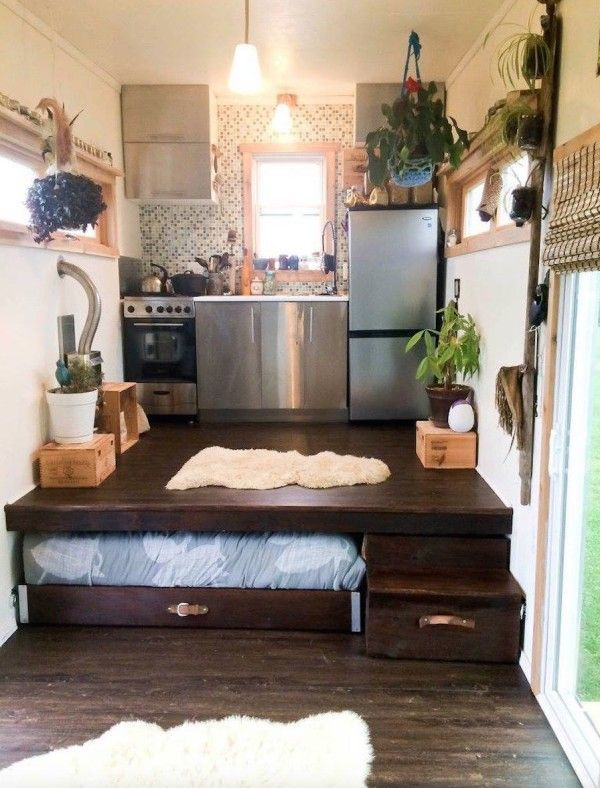 Modern Off-Grid SIP Tiny House On Wheels For Sale 002