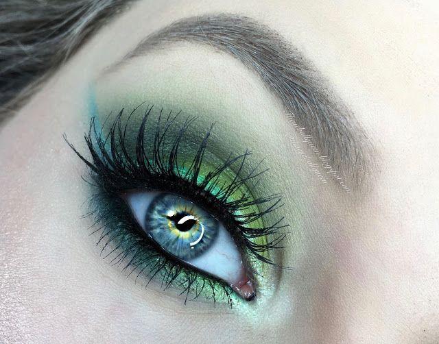 The Eyeball Queen: Power Puff Girls: Shimmery Green and Vampy Purple Buttercupcake Makeup Tutorial