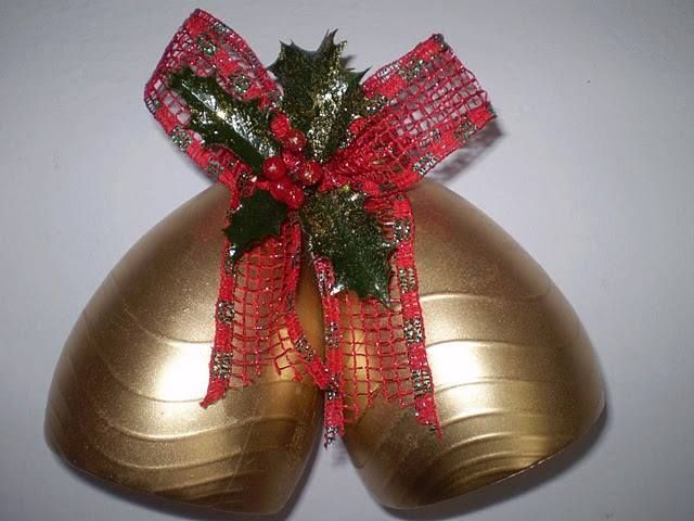 campanas navideñas con botellas
