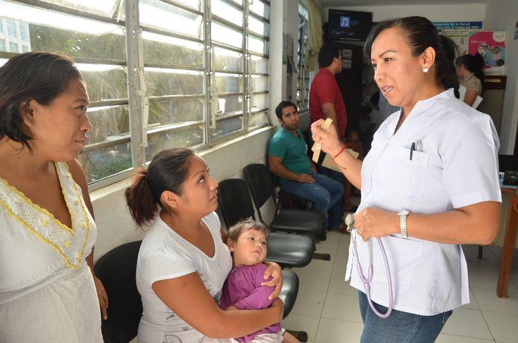 """A partir del 18 de julio arrancan los """"Martes Rosa"""" para acercar y facilitar el acceso a los estudios contra el cáncer de mama y cervicouterino. Chetumal, Quintana Roo a 13 de julio de 2017.- Acercar y brindar a la población femenina más y mejores oportunidades de acceso a los servicios de salud es una…"""