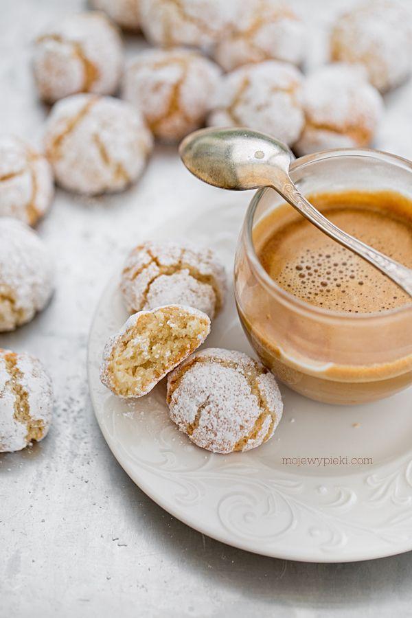Miękkie ciasteczka migdałowe Amaretti