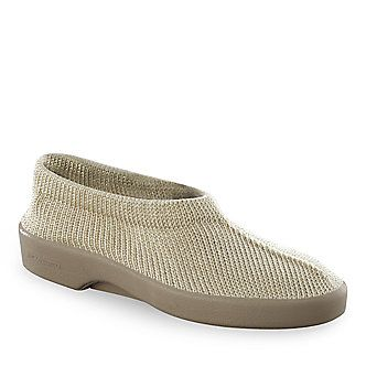 Arcopedico shoes.....comfy....great to wear to yoga class.