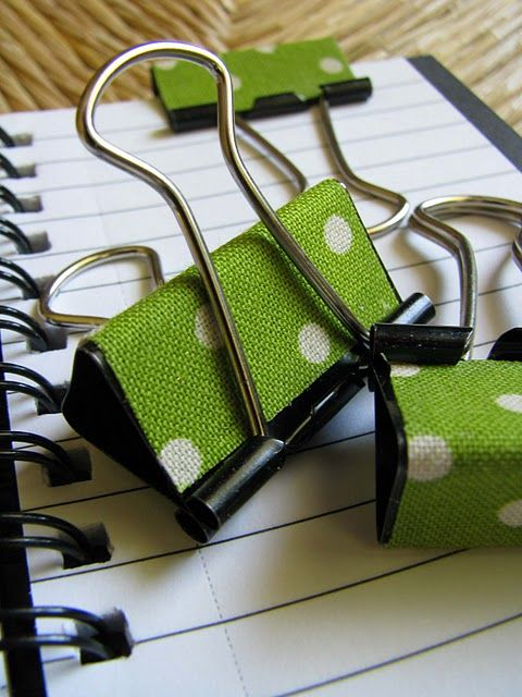 Fabric covered notebook clips... could so use my old fabric swatches to do this!!