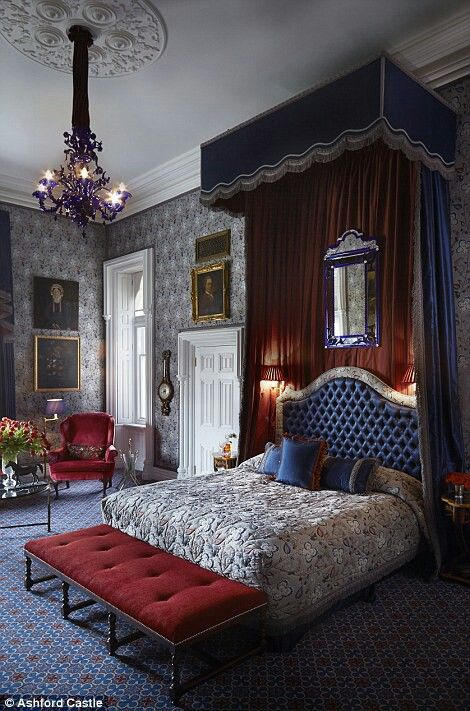 Best Bedroom Ideaswith Attached Bathroom Images On Pinterest - Irish bedroom designs