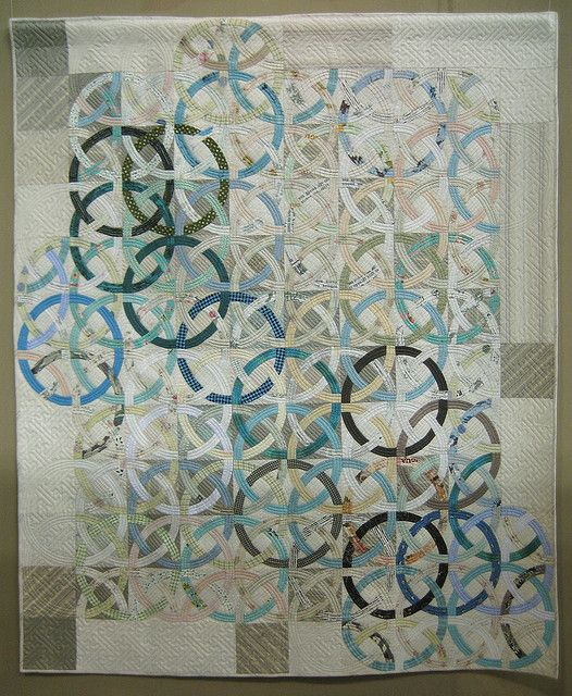 Trendy Love the way the rings interlock Photo by Be mused Jan B Find this Pin and more on Double Wedding Ring quilts