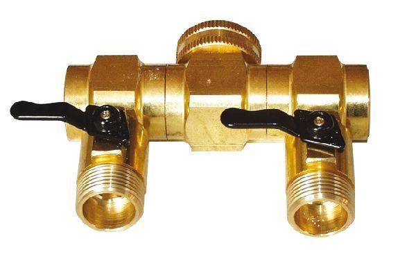 FERRARI PRESA RUBINETTO OTTONE 1 F. - 3/4 M. A 2 VIE https://www.chiaradecaria.it/it/acqua-garden/6627-ferrari-presa-rubinetto-ottone-1-f-3-4-m-a-2-vie-8000000184139.html