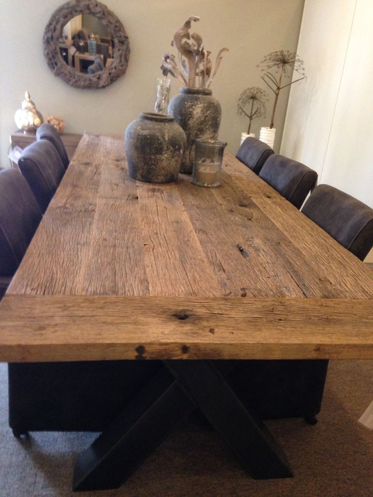 Meer dan 1000 idee n over houten tafels op pinterest rustieke houten tafels recycled hout - Deco eetkamer rustiek ...