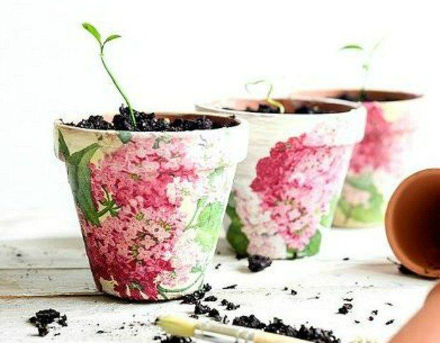 """Project via Aniko @<a href= http://placeofmytaste.com/2015/03/decoupaged-terra-cotta-pots.html""""  class=""""href-bb-tag""""  rel=""""nofollow"""" target=""""_blank"""">Place of My Taste</a>"""