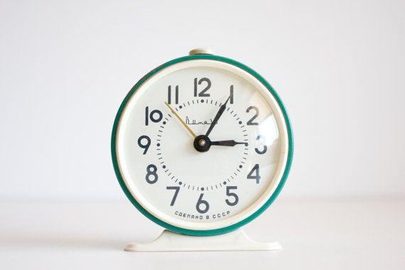 Vintage Soviet Alarm Clock, Russian Desk Clock, Green Rustic Office Decor or Kids Room Decor, Emerald Green, NOT WORKING, School, ohtteam on Etsy, $14.20