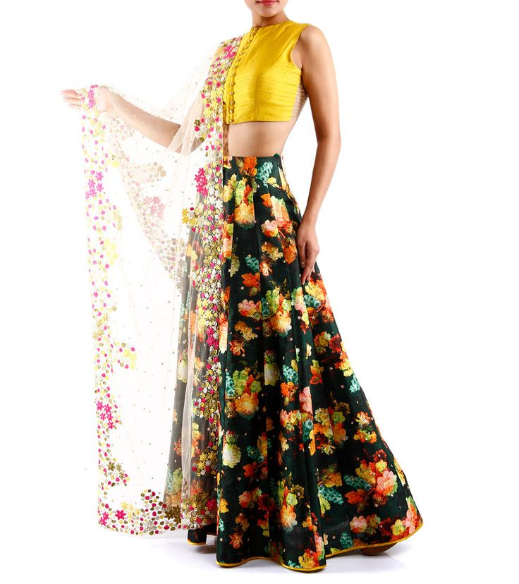 """This season, creating magic with everything bright & beautiful, I AM DESIGN by Pratik & Priyanka offers to you vivid florals, showcased through their prints and spectacular embroidery."