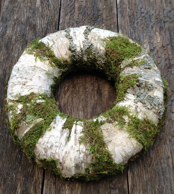 This wreath decorated with birch bark and moss, External diameter is 38 cm ( 15 inches ) , internal diameter is 15 cm ( 6 inches ) , thickness