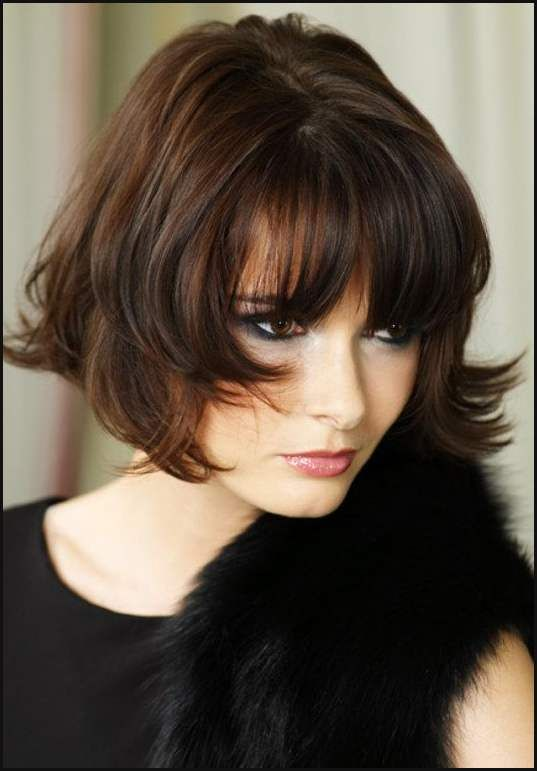 how to look feminine with pixie cut