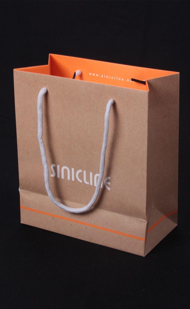 Kraft paper bag for retailer  View more bag design at @sinicline   #shoppingbag