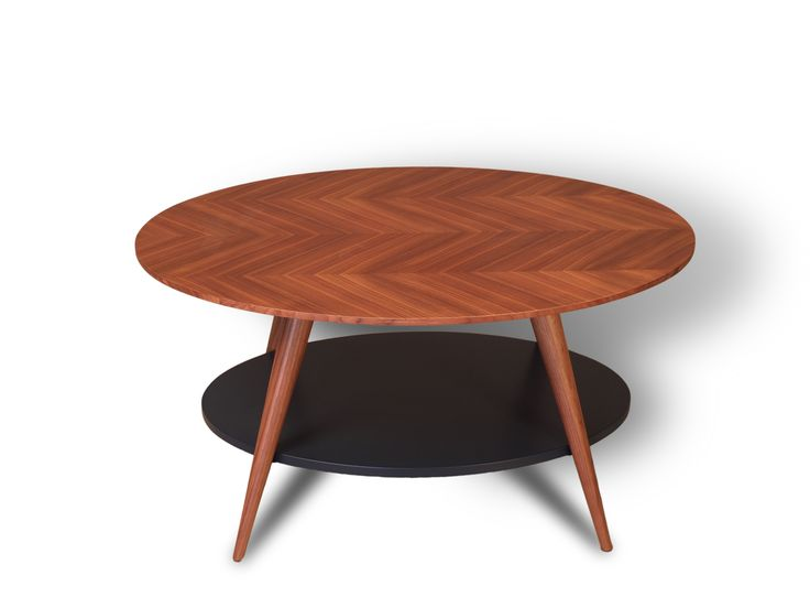 DORY - Coffee table made of solid wood. Top with herringbone veneer and color lacquered shelf. Its shape and different colors make the piece dynamic and elegant.