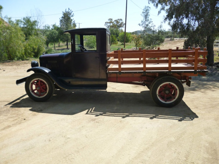 1929 IHC Truck International 6 Speed Special Stake Bed