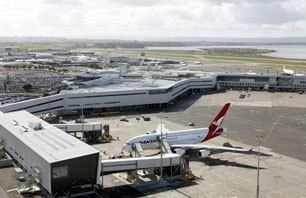 Auckland Airport Hotels – Hotels Near AKL Airport #pallative #care http://hotels.remmont.com/auckland-airport-hotels-hotels-near-akl-airport-pallative-care/  #auckland airport motels # Auckland Airport Hotels Novotel Auckland Airport Hotel Welcome to the Auckland Airport. With over 10 hotels near Auckland Airport, you have a great opportunity to find a hotel to suite your travel needs. The closest airport hotel is the Novotel Auckland Airport, which is situated directly next to the airport…